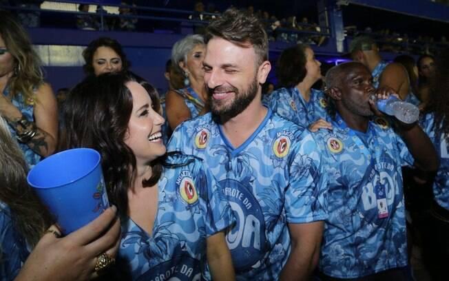 Fernanda Vasconcellos e Cássio Reis voltam a namorar