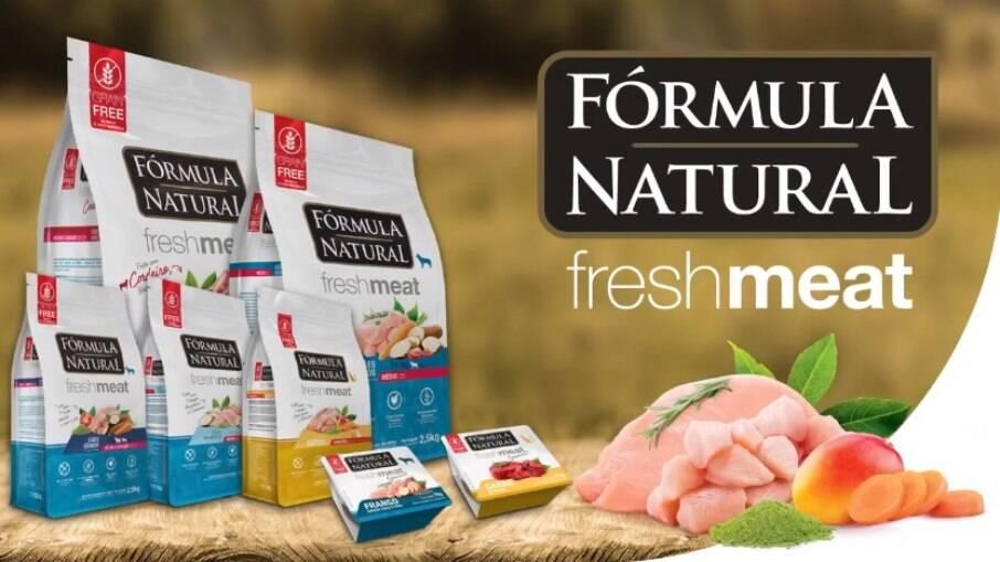 Nutrição saudável, avançada e naturalmente saborosa, é Fórmula Natural Fresh Meat
