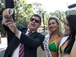 Candidatas tumultuam av. Paulista