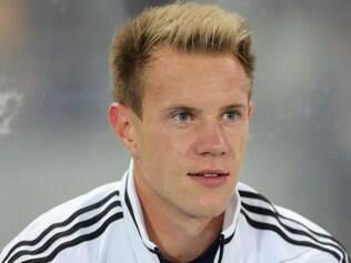 Com apenas 21 anos, o jovem goleiro é titular da equipe alemã há três anos