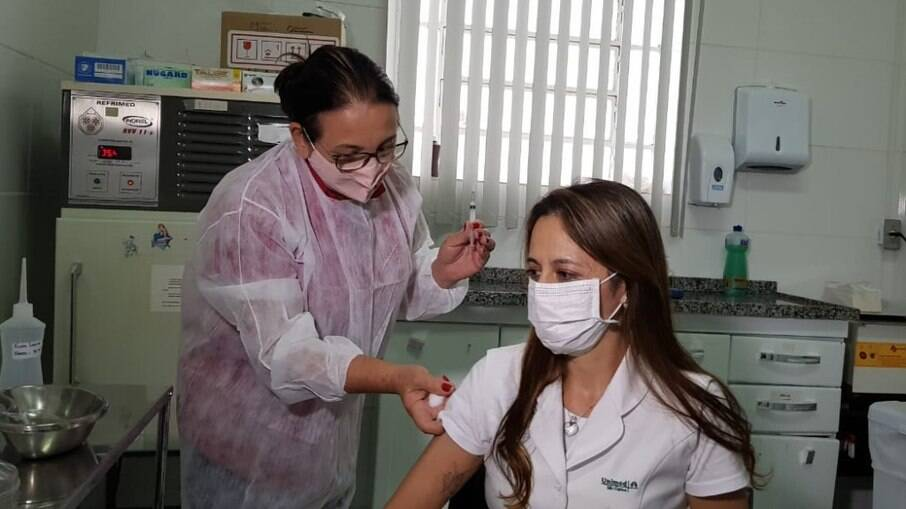 Públicos prioritários no Brasil somam 77,1 milhões de pessoas