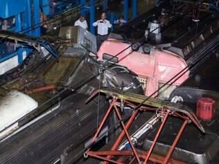 RJ - ACIDENTE-TRENS-MESQUITA-FERIDOS - GERAL - Acidente entre dois trens no ramal Japeri da Supervia deixa cerca de 40 feridos em Mesquita (RJ), nesta segunda-feira (05). Segundo a concessionária, uma composição bateu na traseira de outra que estava parada na altura da estação Juscelino, na Baixada Fluminense. 05/01/2015 - Foto: DOUGLAS VIANA/FUTURA PRESS/FUTURA PRESS/ESTADÃO CONTEÚDO