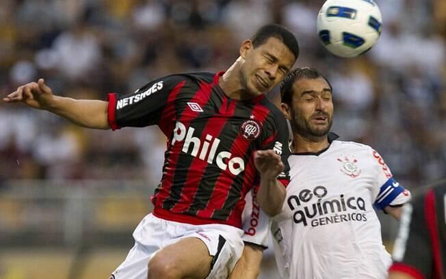 Corinthians e Atlético-PR não se enfrentam  desde 2011