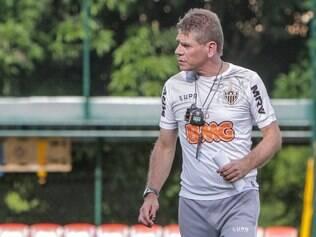 Autuori não se ilude com aparente facilidade na fase de grupos da Copa Libertadores