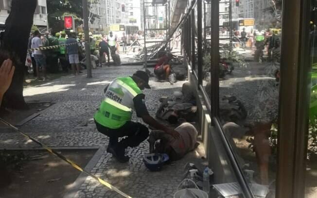 Andaime despenca e deixa seis feridos na zona sul do Rio de Janeiro