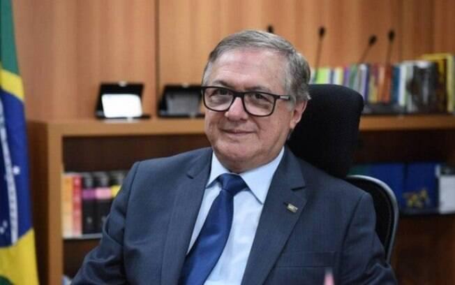 Ministro da Educação, Ricardo Vélez Rodríguez, citou como prioridade da pasta a política nacional de alfabetização
