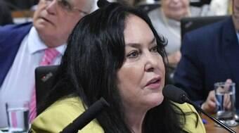 Senadora Rose de Freitas é alvo de operação da PF e irmão é preso