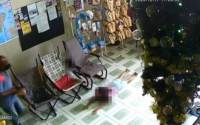 Criminosos invadem escritrio com criana refm