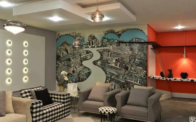 O papel de parede ilustrado é o ponto de partida da decoração assinada por Lilian Dutra e Larissa Lopes