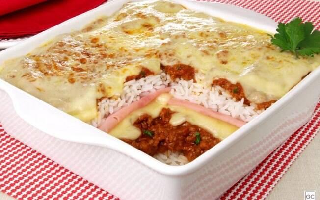 Lasanha de arroz  bolonhesa: receita prtica para o almoo
