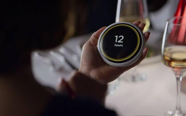 Inspirado em episódio da 4ª temporada de Black Mirror, site simula aparelho que define relacionamentos dos personagens