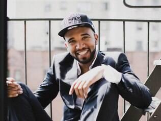 Rapper Flávio Renegado é um dos parceiros do Samba de Noel