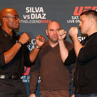 Anderson Silva e Nick Diaz fazem encarada em Las Vegas