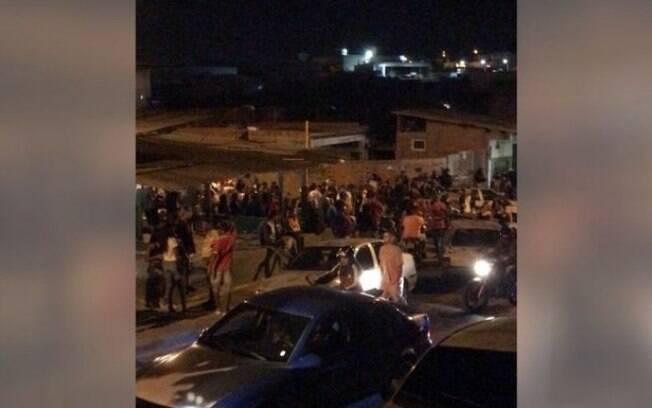 Pancadão reuniu multidão de jovens no Parque Oziel.