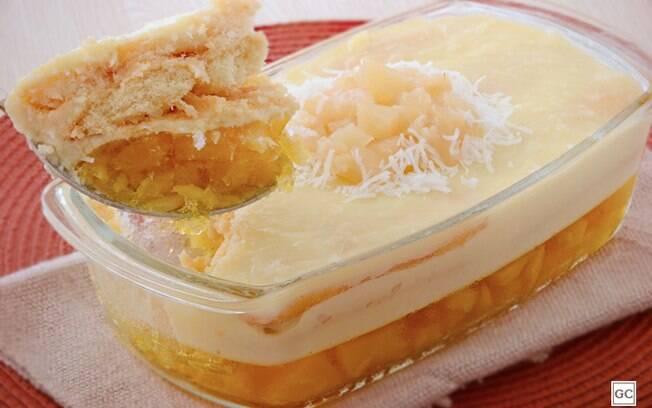 10 sobremesas de abacaxi com coco para se deliciar