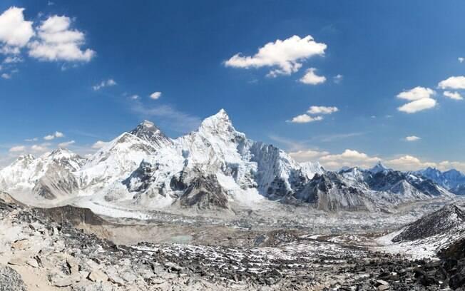 Ao menos três alpinistas seguem desaparecidos no Himalaia