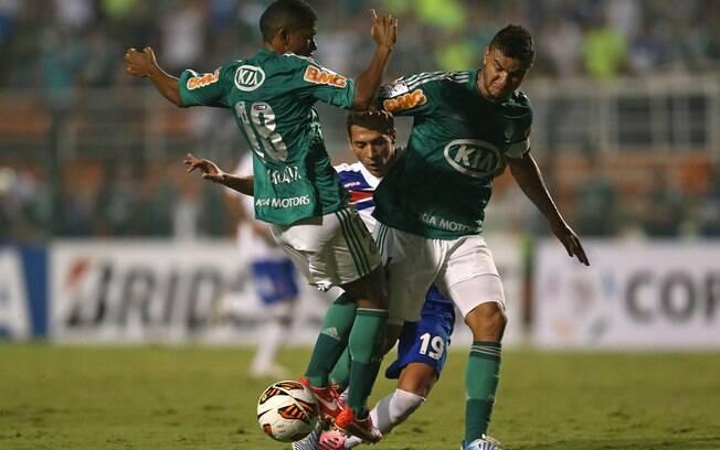 Palmeiras jogou com raça e não passou apuros  contra o Tigre