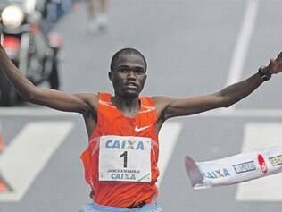Últimos campeões da competição tentam acabar com o favoritismo dos atletas quenianos, amanhã, em São Paulo