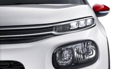 Lanterna misteriosa dá pistas do novo Citroën C3 no Brasil; confira