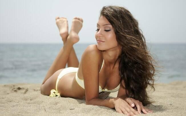 Saiba como conquistar um bronzeamento natural e saudável para sua pele