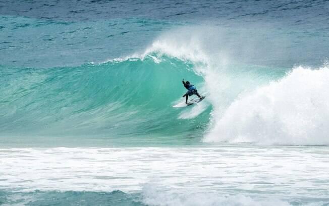 Tomas Hermes ficou na terceira colocação em sua estreia na elite do surfe mundial