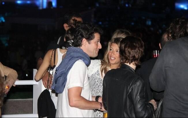 Marcelo Serrado com sua nova companhia,  bailarina Roberta