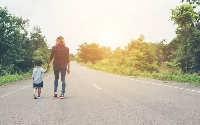 Mãe, cuidado para deixar como herança problemas para seu filho