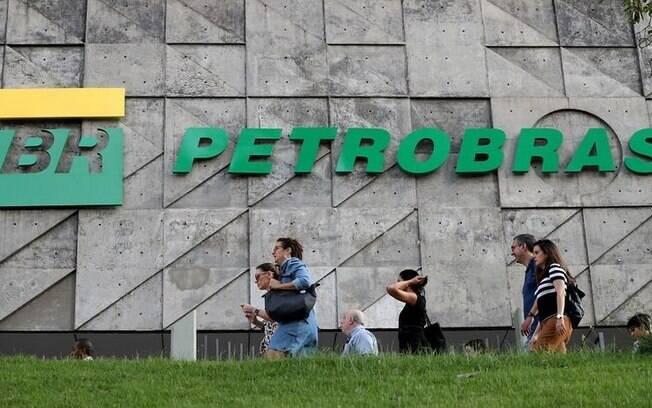 Petrobras (PETR4) pode se desfazer de parte da BR Distribuidora, querem executivos