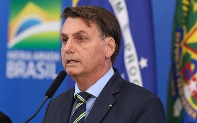 Bolsonaro sugere Brasília para finalizar o Campeonato Carioca