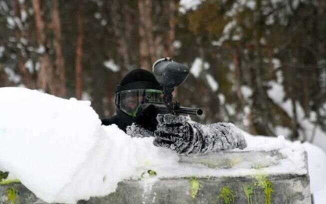 Paintball é uma ativade que pode ser feita na neve
