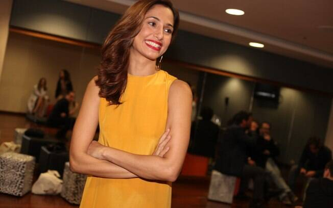Camila Pitanga prestigia prêmio Sorriso do Bem, em São Paulo