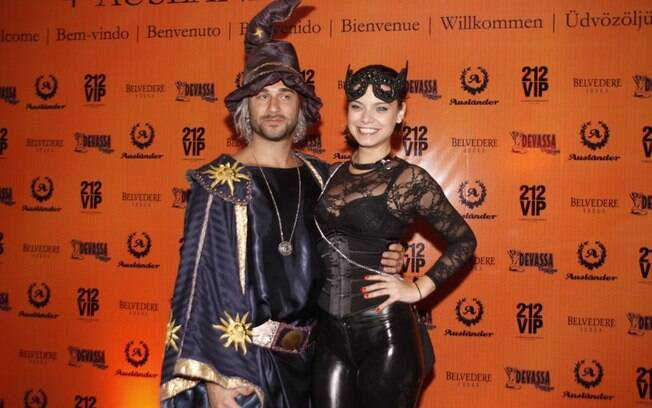 Milena Toscano e seu novo namorado