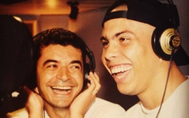 Mais uma do arquivo de David Brazil. Na foto de 1994, ele aparece ao lado de Ronaldo, então com 18 anos