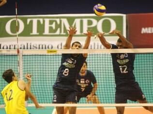 Esportes - Belo Horizonte - MG Jogo entre Sada Cruzeiro e Selecao Brasileira  FOTO: FERNANDA CARVALHO / O TEMPO - 01.05.2014
