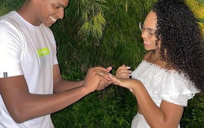 Goleiro e noiva