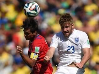 Luke Shaw teve um bom desempenho pela Inglaterra contra a Costa Rica