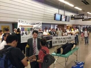 Policiais fizeram paralisação também no aeroporto
