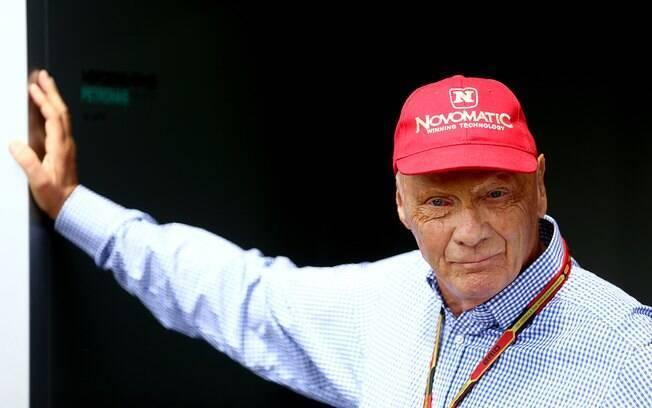 Niki Lauda, tricampeão mundial de F1 e chefe da equipe Mercedes