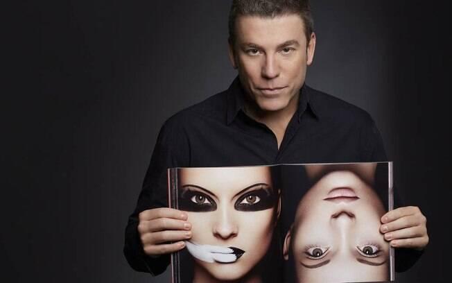 O maquiador Marcos Costa encontrou a beleza por acaso, quando se tornou assistente de um cabeleireiro em Goiânia, sua cidade natal
