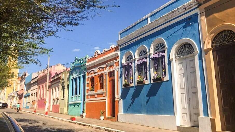 Areia, na Paraíba, é conhecida pelas suas casinhas coloridas