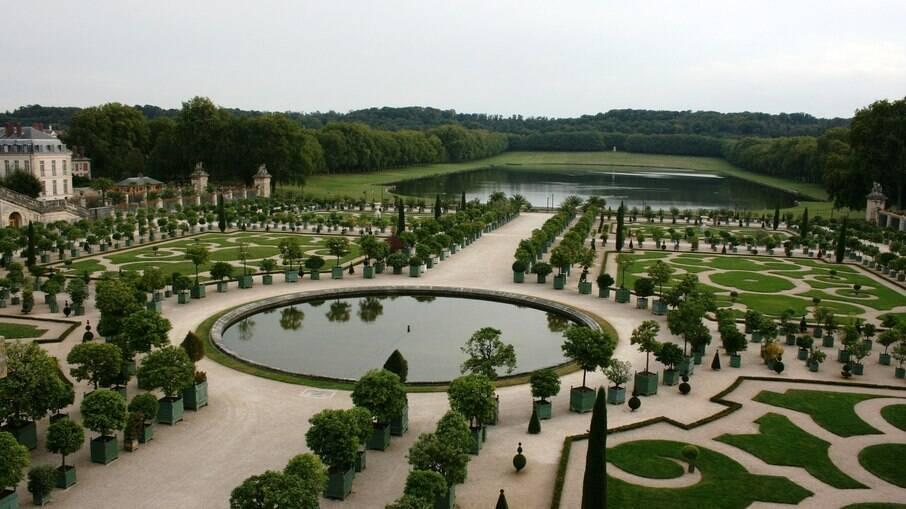 Os jardins de Versallhes