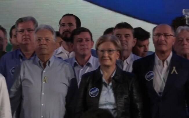 Autoridades e filiados do PSDB estiveram ao lado de Geraldo Alckmin e Ana Amélia, como ex-presidente FHC