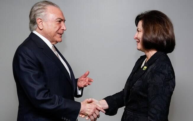Michel Temer nas mãos de Raquel Dodge: chefe da PGR decidirá se denuncia o presidente pela terceira vez