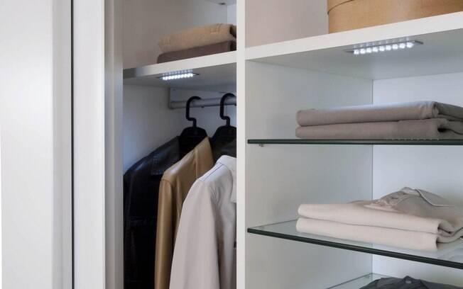 Criar um closet é uma boa opção caso a verba disponível seja de R$ 10 mil