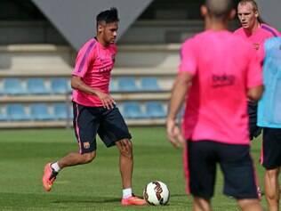 Presença de Neymar foi a principal novidade do dia no Barcelona