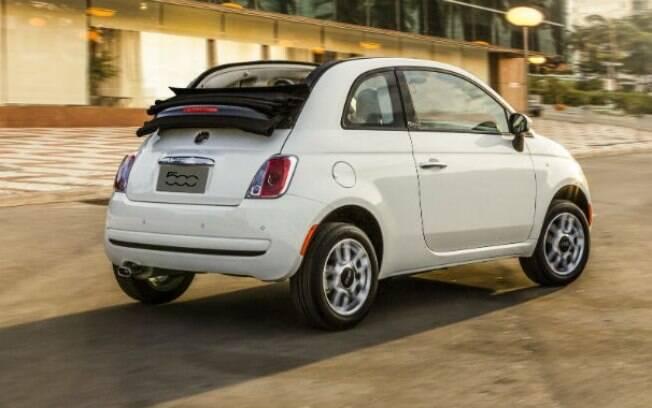 Fiat 500 Cabrio está entre os conversíveis seminovos, mesmo que seu teto não seja necessariamente