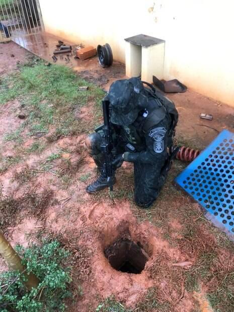COE descobriu túnel secreto em fazenda de criminoso foragido da PF