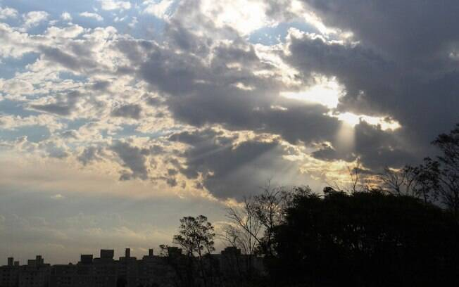 Quinta-feira será de sol com temperatura máxima de 28ºC