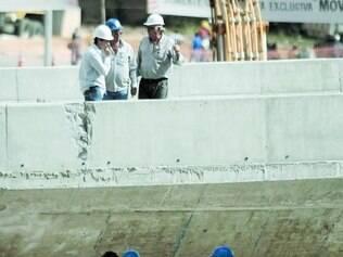 Peritos da Polícia Civil e do Crea retomam hoje perícia no viaduto Guararapes