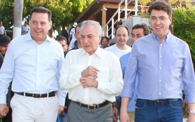 Temer acompanhado do aniversariante, senador Wilder Morais, e do governador, Marconi Perillo